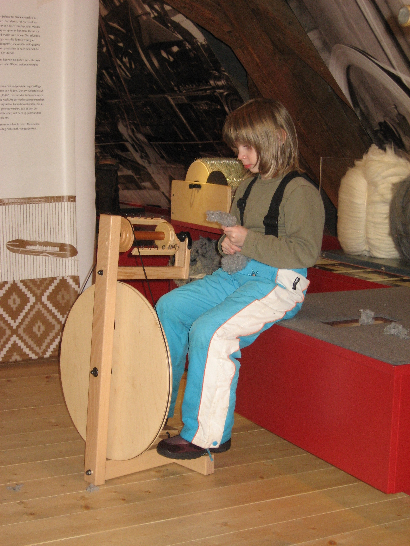 Kinder Simone Scheune 2. OG 061